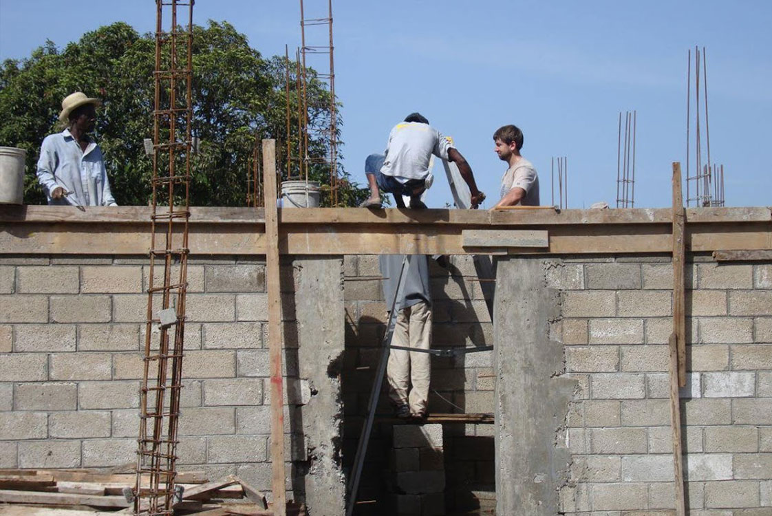 Eric McDonnell of Holmes Structures at work on a volunteer project in Haiti
