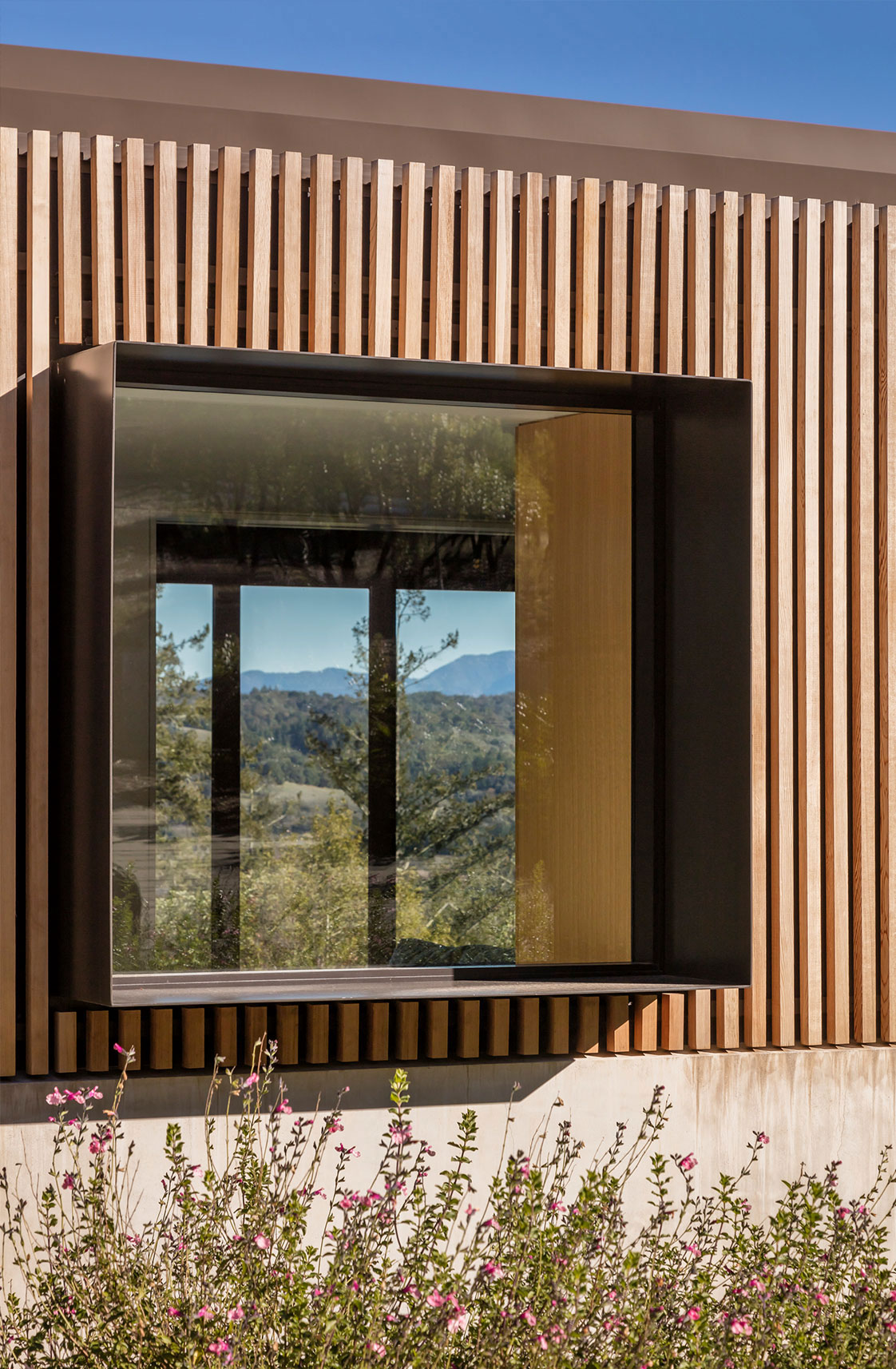Architectural Screen Detail at West Dry Creek Residence in Healdsburg Wine Country California