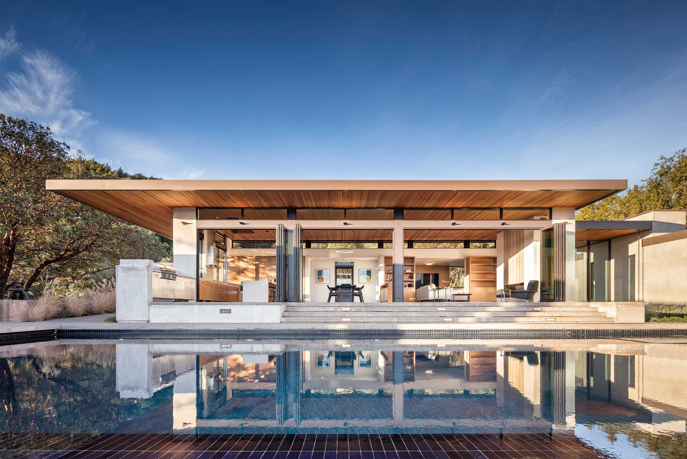 Exterior of West Dry Creek Custom Home with Pool and Cantilevered Roof in Healdsburg Wine Country California
