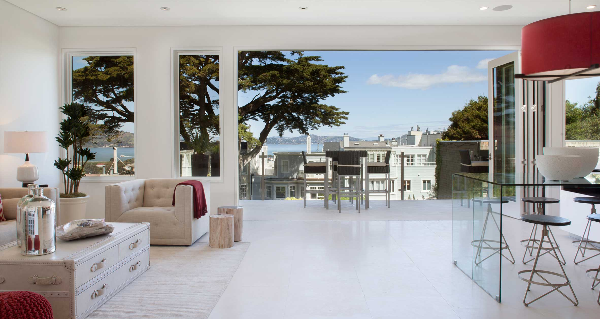 Structurally Engineered Floor-to-Ceiling Windows Overlooking Bay at Residence 2750 in San Francisco California